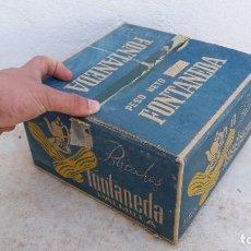 Caixas e caixinhas metálicas: ANTIGUA CAJA DE GALLETAS BIZCOCHOS FONTANEDA PALMILLA AGUILAR CAMPOO PALENCIA . Lote 83262100