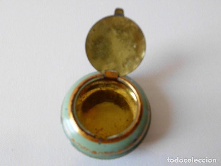 Cajas y cajitas metálicas: Antigua cajita metálica DEBRAI Barcelona - Foto 2 - 84522436