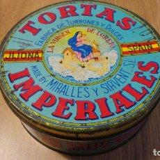 Cajas y cajitas metálicas: ANTIGUA LATA MIRALLES Y SIRVENT S.L.TORTAS IMPERIALES.LA VIRGEN DE LORETO.JIJONA.AÑOS 50?. Lote 87094752