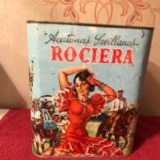 """Cajas y cajitas metálicas: BOTE DE HOJALATA LITOGRAFÍADO """"ACEITUNA SEVILLANA ROCIERA"""" (H.1970?). Lote 87181451"""