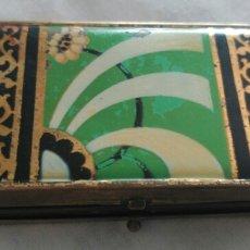 Cajas y cajitas metálicas: ESTUCHE ART DECO DE MAQUILLAJE. HOUBIGANT. FRANCIA. BRONCE CON ESPEJO. Lote 90807763