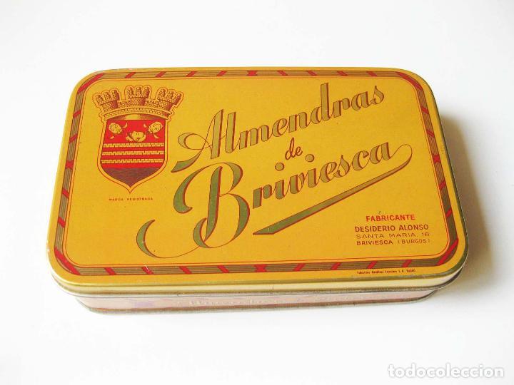 CAJA DE LATA DE ALMENDRAS DE BRIVIESCA - FABRICA DE DESIDERIO ALONSO - INDUSTRIAS METÁLICAS VIZCINAS (Coleccionismo - Cajas y Cajitas Metálicas)