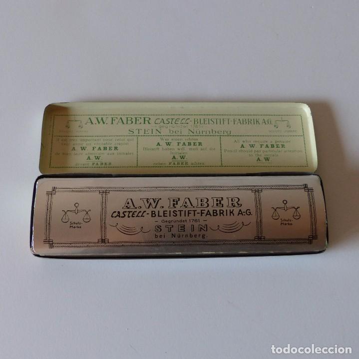 Cajas y cajitas metálicas: Cajita de chapa de Faber Castell. Contiene los lapizes sin usar en su interior. Alemania 1950 - Foto 2 - 94593939
