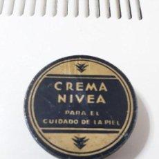 Cajas y cajitas metálicas: CAJA METALICA MUY ANTIGUA DE NIVEA EN PERFECTO ESTADO.. Lote 94599407