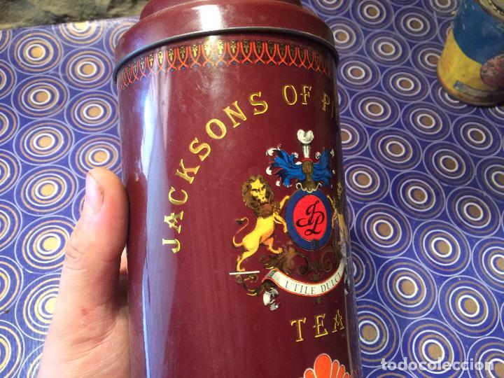 Cajas y cajitas metálicas: Antigua lata de te Jacksons of Piccadilly años 60-70 - Foto 7 - 95114991