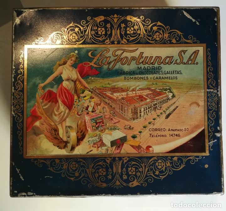 ANTIGUA CAJA HOJALATA - LA FORTUNA - FABRICA DE CHOCOLATES GALLETAS BOMBONES Y CARAMELOS DE MADRID (Coleccionismo - Cajas y Cajitas Metálicas)