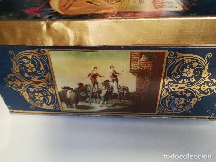 Cajas y cajitas metálicas: ANTIGUA CAJA HOJALATA - LA FORTUNA - FABRICA DE CHOCOLATES GALLETAS BOMBONES Y CARAMELOS DE MADRID - Foto 4 - 96035331