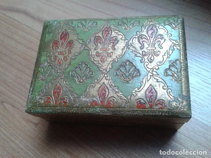 Cajas y cajitas metálicas: Cajita de Madera antigua con pan de oro - Pintada a mano - Escudo Florencia, Italia - 10x7x4 - Foto 4 - 96538359