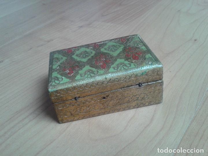Cajas y cajitas metálicas: Cajita de Madera antigua con pan de oro - Pintada a mano - Escudo Florencia, Italia - 10x7x4 - Foto 7 - 96538359