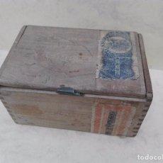 Cajas y cajitas metálicas: FLOR FINA - CAJITA DE PURITOS VACÍA - MADERA - 13 X 8.6 X 7 CM.. Lote 96872503