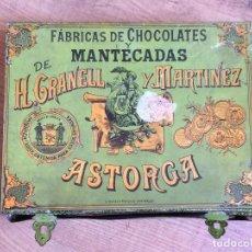 Cajas y cajitas metálicas: CAJA HOJALATA, SIGLO XIX. FABRICA DE CHOCOLATES Y MANTECADOS H.GRANELL Y MARTINEZ , ASTORGA. Lote 152030496
