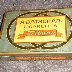 Cajas y cajitas metálicas: CAJA METALICA A.BATSCHARI CIGARETTES (TRIBUNA). Lote 98656919