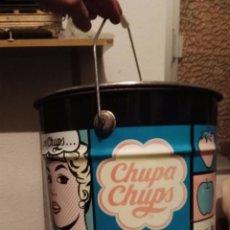 Cajas y cajitas metálicas: BIDON DE CHUPA CHUPS CON LITOGRAFÍAS DE ANDY WARHOL. Lote 104829751