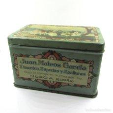 Cajas y cajitas metálicas: ANTIGUA CAJA HOJALATA LITOGRAFIADA-AZAFRANES ESPECIAS JUAN MATEOS-SALTA-MURCIA-ORIGINAL PRINC S. XX. Lote 105637043