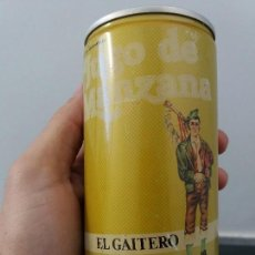 Cajas y cajitas metálicas: ANTIGUA LATA SIDRA DE JUGO DE MANZANA EL GAITERO VILLAVICIOSA ASTURIAS BOTE DE ACERO DE 2 TAPAS. Lote 106706143