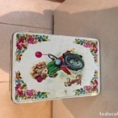 Cajas y cajitas metálicas: ANTIGUAS CAJAS DE COLACAO. Lote 107323631