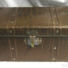 Cajas y cajitas metálicas: BAUL O COFRE JOYERO, MED. 30 X 16 X 16 CM. Lote 109031223