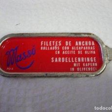 Cajas y cajitas metálicas: ANTIGUA TAPA DE LATA DE CONSERVAS MASSO. Lote 110250823
