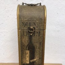 Cajas y cajitas metálicas: CAJA PARA REGALAR BOTELLA DE VINO. Lote 110778779