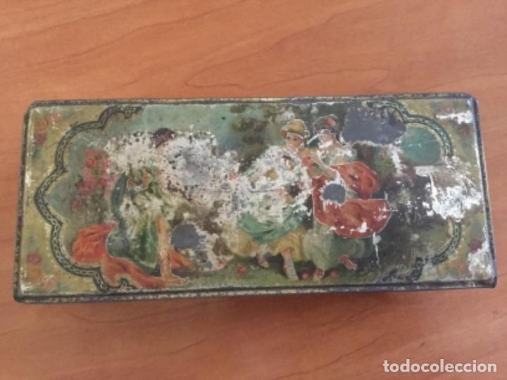 ANTIGUA CAJA METÁLICA. SIN MARCA (Coleccionismo - Cajas y Cajitas Metálicas)