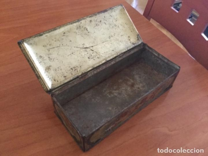 Cajas y cajitas metálicas: Antigua Caja Metálica. Sin Marca - Foto 9 - 115210435