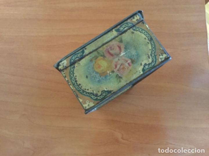 Cajas y cajitas metálicas: Antigua Caja Metálica. Sin Marca - Foto 15 - 115210435