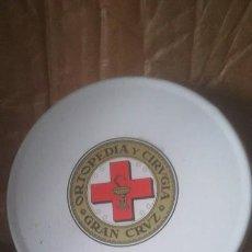 Cajas y cajitas metálicas: CAJA GASAS VACIA GRAN CRUZ. Lote 116980279