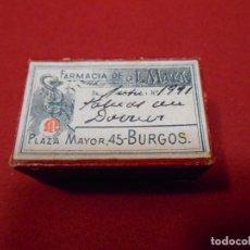 Cajas y cajitas metálicas: ANTIGUA CAJA DE CARTON DE FARMACIA - J.MATA - PLAZA MAYOR 45 - BURGOS -. Lote 117849167