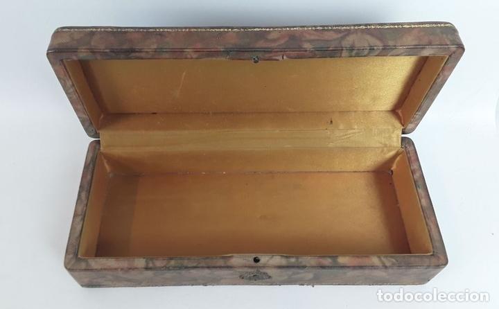 Caja de madera forrada de cuero barcelona sig comprar cajas antiguas y cajitas met licas en - Cajas de madera barcelona ...