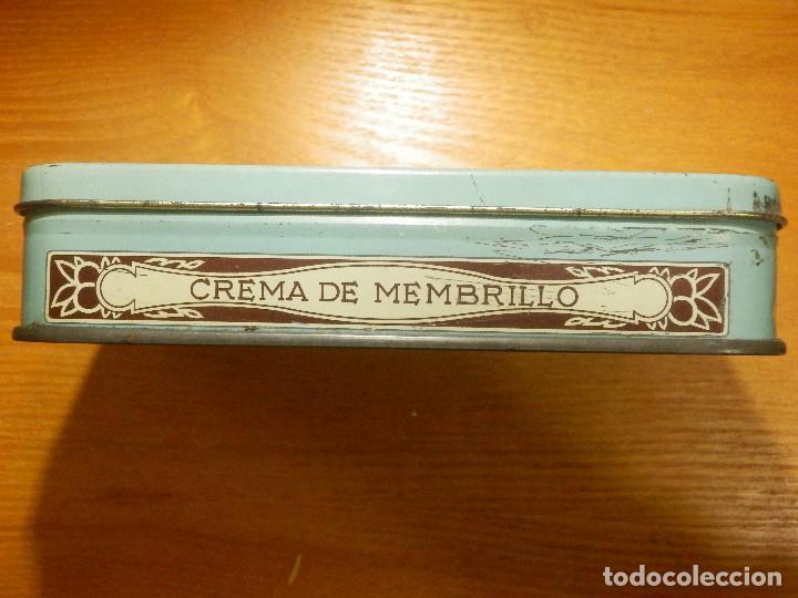 Cajas y cajitas metálicas: ANTIGUO CAJA METÁLICA - CREMA DE MEMBRILLO - LA FAMA - 18 X 11 CM. X 4 CM. ALTO - Foto 2 - 119584615