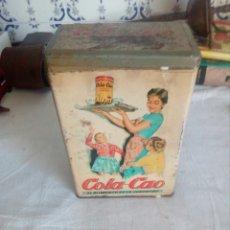 Cajas y cajitas metálicas: ANTIGUA CAJA DE LATA DE COLA CAO. Lote 120874662