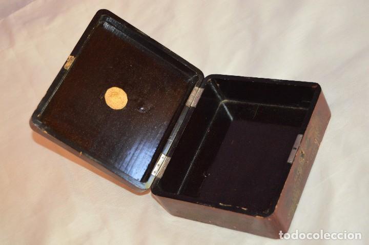 Cajas y cajitas metálicas: Vintage - ANTIGUA CAJA LACADA PERFUMERÍAS GAL MADRID - AÑOS 30 / 40 - EN MADERA - PRECIOSA - Foto 6 - 121720359