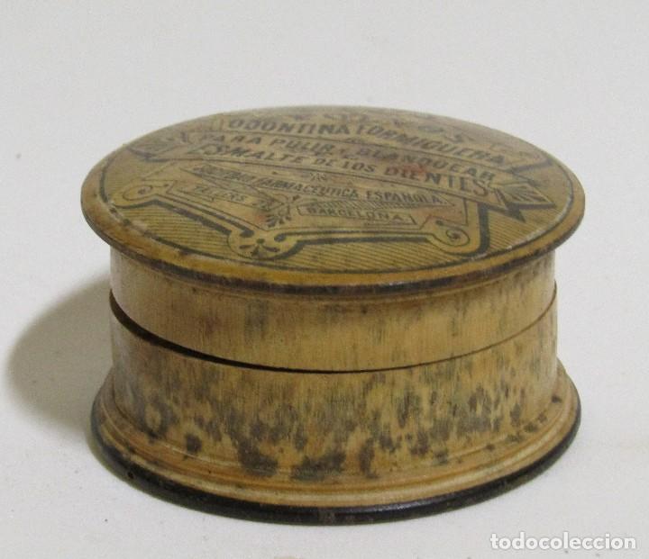 Cajas de madera barcelona caja de madera cerveza moritz barcelona cerveceria con botellas - Cajas madera barcelona ...