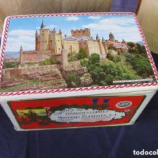 Boîtes et petites boîtes métalliques: CAJA LITOGRAFIADA DE HOJALATA DE TURRON ALICANTE. FOTO SEGOVIA. MONERRIS PLANELLES,SA. JIJONA.. Lote 193977603