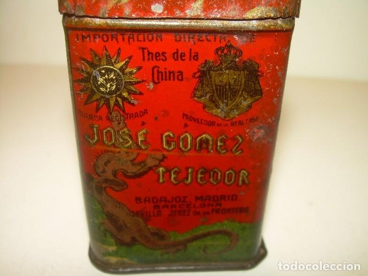 Cajas y cajitas metálicas: PEQUEÑA ANTIGUA Y BONITA CAJITA DE LATA LITOGRAFIADA.JOSE GOMEZ TEJEDOR.IMPORTADOR DE THES DE CHINA. - Foto 2 - 122987671
