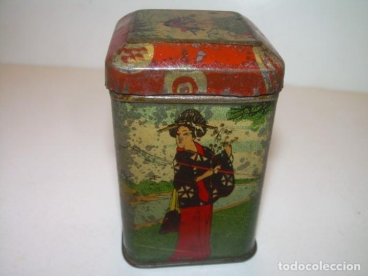 Cajas y cajitas metálicas: PEQUEÑA ANTIGUA Y BONITA CAJITA DE LATA LITOGRAFIADA.JOSE GOMEZ TEJEDOR.IMPORTADOR DE THES DE CHINA. - Foto 5 - 122987671