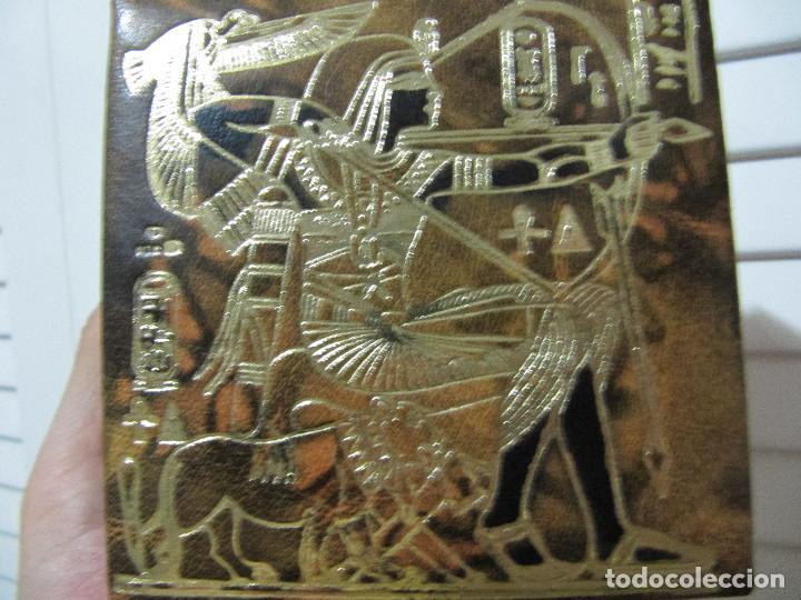 CAJA JOYERO DE CUERO LABRADO-RELIEVES EGIPCIOS/SOUVENIR DE EGIPTO (Coleccionismo - Cajas y Cajitas Metálicas)