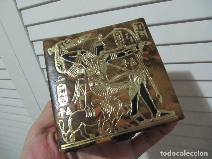 Cajas y cajitas metálicas: CAJA JOYERO DE CUERO LABRADO-RELIEVES EGIPCIOS/SOUVENIR DE EGIPTO - Foto 2 - 128053383