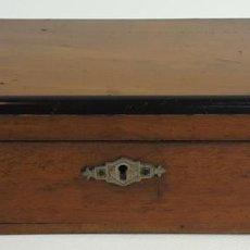 Cajas y cajitas metálicas: CAJA JOYERO DE MADERA DE ARBOL FRUTAL. HECHA A MANO. SIGLO XX. . Lote 128611711