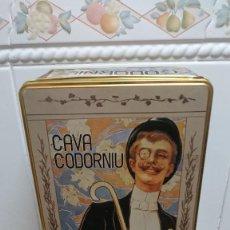 Cajas y cajitas metálicas: LATA / CAJA CAVA CODORNIU. Lote 129572147