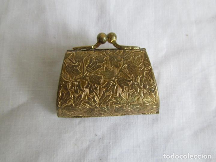 Cajas y cajitas metálicas: Cajita metálica pastillero con forma de bolso - Foto 3 - 129972447