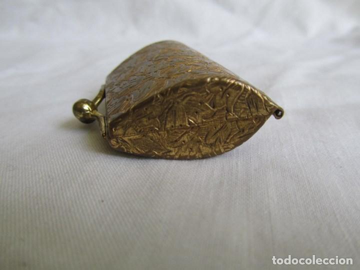 Cajas y cajitas metálicas: Cajita metálica pastillero con forma de bolso - Foto 5 - 129972447