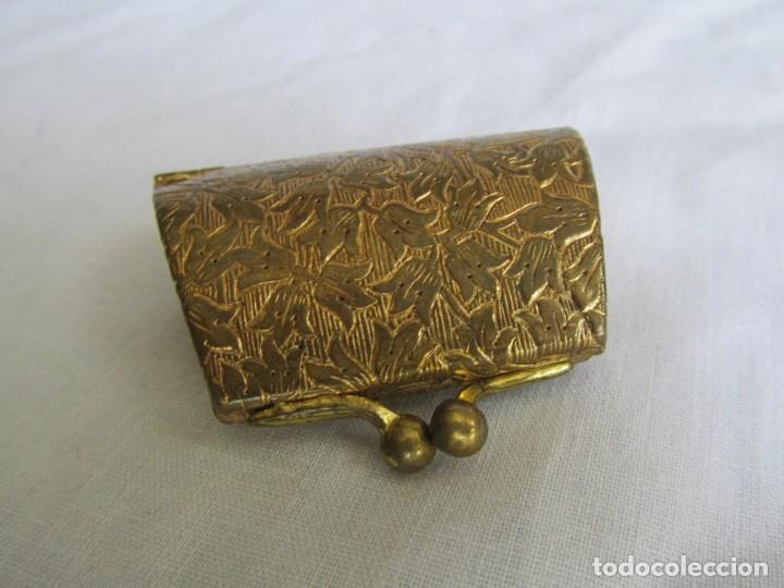 Cajas y cajitas metálicas: Cajita metálica pastillero con forma de bolso - Foto 7 - 129972447