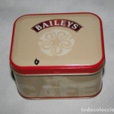 Cajas y cajitas metálicas: CAJA DE CHAPA BAILEYS. Lote 131117336