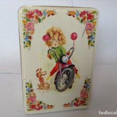 Cajas y cajitas metálicas: ANTIGUA CAJA DE COLA -CAO AÑOS 70. Lote 131334971