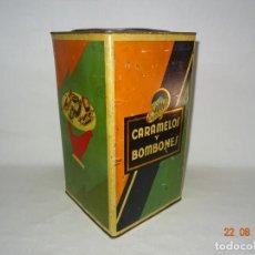 Cajas y cajitas metálicas: ANTIGUA CAJA EN HOJALATA LITOGRAFIADA DE ENVINY CARAMELOS Y BOMBONES Y CHOCOLATE MUNDIAL 1910-20S.. Lote 131493054