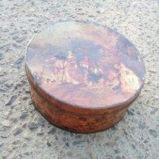 Cajas y cajitas metálicas: CAJA DE CHOCOLATE ANTIGUA.. Lote 131737699