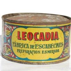 Cajas y cajitas metálicas: LATA DE CONSERVAS LEOCADIA DANIEL RODRÍGUEZ MUROS LA CORUÑA // AÑOS 50. Lote 131952422