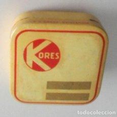 Cajas y cajitas metálicas: CAJA METÁLICA DE KORES. Lote 133342898