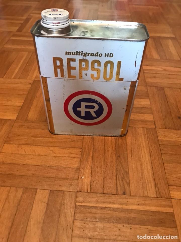 LATA REPSOL 2 LITROS MULTIGRADO HD AÑOS 80 (Coleccionismo - Cajas y Cajitas Metálicas)